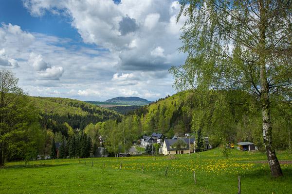 Blick von Schindelbach zum Pöhlberg